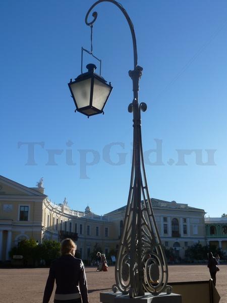 Фонарь у Большого Дворца, Павловский парк, Павловск