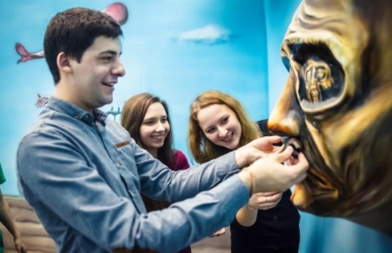 Ожившие картины от Lostroom, Квесты в реальности в СПб